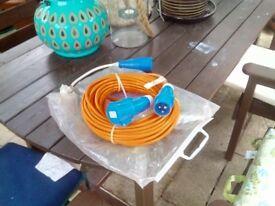 Caravan electric hook-up lead