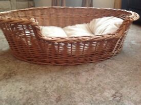 Dog Wicker Basket with Mattress