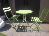 Bistro set, table 2 chairs