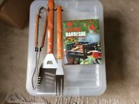 Box with BBQ Tools & Cook Book, Table Lamp, 4 Wooden Place Mats, Set of 6 Drink Mats