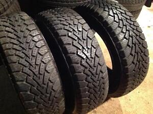 3 pneus 195/65 r15 d'hiver goodyear nordic winter.   140$
