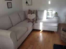 Corner sofa in immaculate condtion