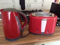 Red kettle and matching toaster