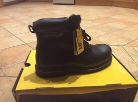 Brand New Men's CAT Boots size 8