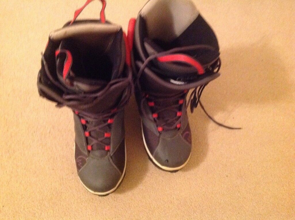 Snowboarding boots for sale, hardly used