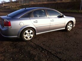 VAUXHALL VECTRA 56 REG SPARES OR REPAIR