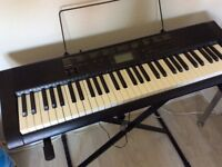 CASIC CTK1100 Portable keyboard, included with X frame stand and power supply