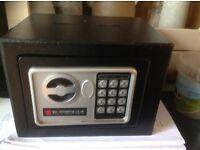 small digital safe