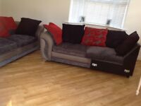 DFS 5 seater spacious sofa.excellent condition dark charcoal