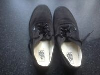 Men's black size 11 Vans
