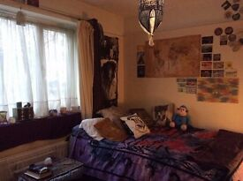 Single and double room available in Headington £430/month