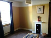 Double bedroom available in a large house in central Shoreham