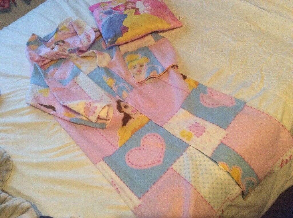 Disney princess cushion & tv blanket