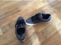 Vans Torer, Men's Low-Top Trainers, Charcoal/Black, 9 UK