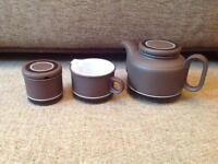 Hornsea pottery contrast set, tea pot, jug, sugar bowl
