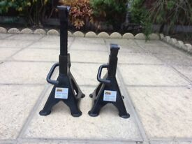 Pair of Halfords axle stands
