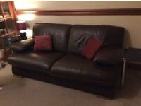 Brown leather suite 2 and 3 seater.