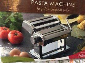Robert Dyas pasta machine