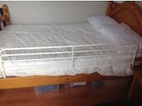 Bed guard/cot side