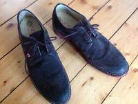 Men's brown suede shoes, size 44.