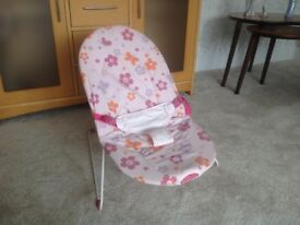 Pink baby rocker (can vibrate)