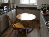 Kitchen Table (Round)