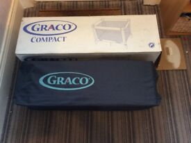 Graco compact travel cot blue