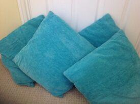 4 turquoise cushions