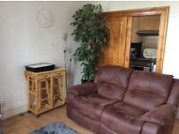 Spacious 2 bedroom flat Rosemount