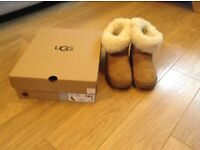 Ugg boots ladies size 7. Bailey button Only 5 months old