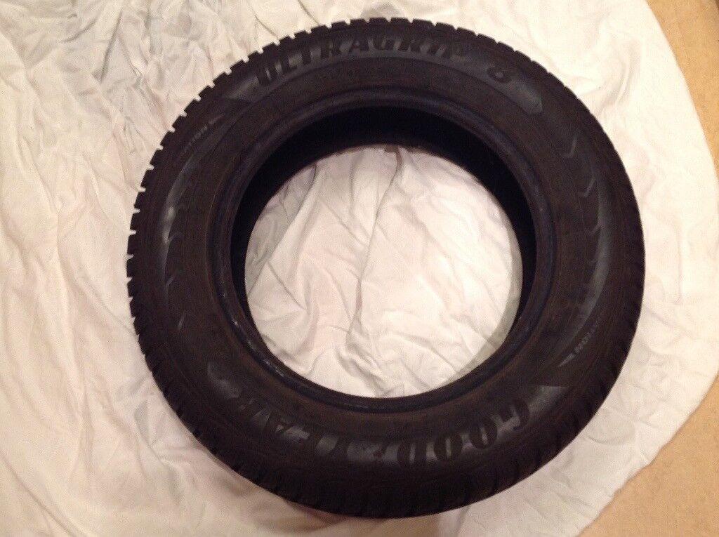 Hardly used, full tread winter tyres x 4