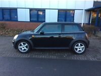 MINI COOPER 1.6 6 SPEED(2 LADY OWNERS, FULL SERVICE HISTORY, LONG MOT, CHILLI PACK)