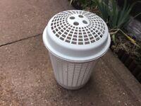 Plastic wash basket