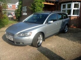 Volvo V50 2.0D SE 2005 (Euro III) Estate 5d Silver 128000 miles 6 Speed Manual