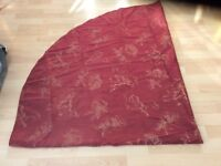 Oval table cloth. Wine coloured with gold leaf pattern