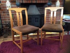 MODEL GREAT DANISH MADE 2 X Occasional DINNING OR BEDROOM Chairs REF I