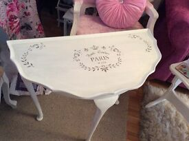 Shabby chic 'Paris' console table with stencil - lovely!