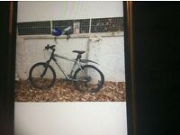 Trek 4400 mountain bike (Shimano Deore) Used twice. Mint condition