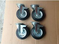 Swivel wheel castors