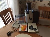 Philips HR1861 whole fruit juicer, manual, Jason Vale's 7lbs in 7 Days book, vgc, West Kirby, Wirral