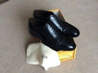 Barkers size 8 in Black worn only once due to hurting my foot