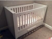 VIB cot 2 in 1 cot bed
