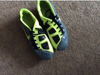 Size 5.5 Nike studded football boots