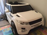 Maxi Range Rover HSE Sport Style 12V Electric Battery Jeep