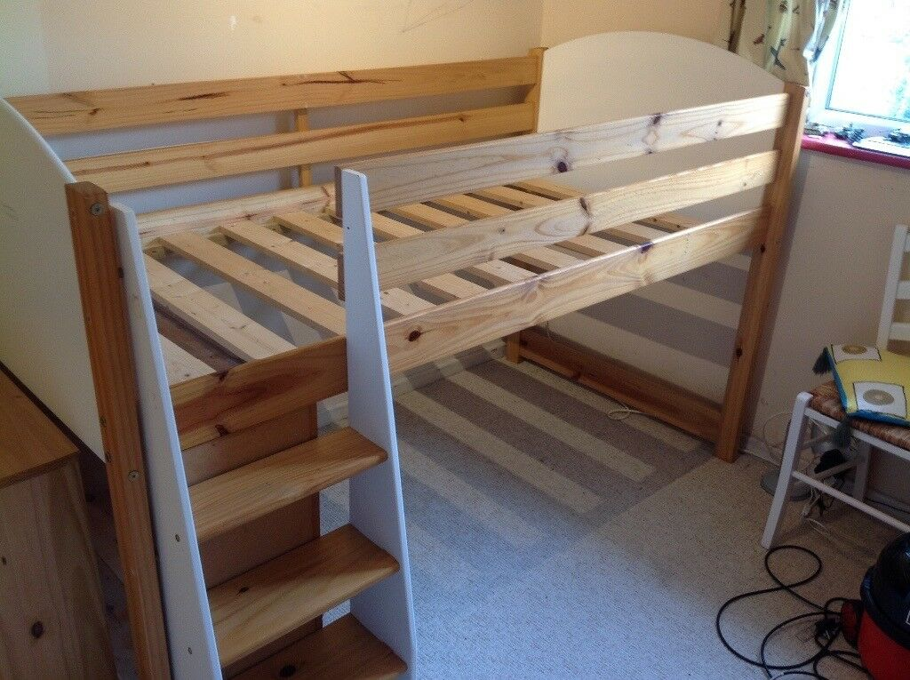 Cabin bed - quick sale wanted - £20