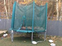 8ft trampoline with net and ladder