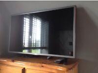 "32"" LG LED TV"