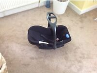 Baby car seat and adjustable baby carrier for sale- Good condition