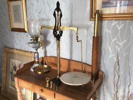 Scales Brass antique.