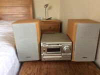 Sony CD and mini disc system with radio in excellent condition